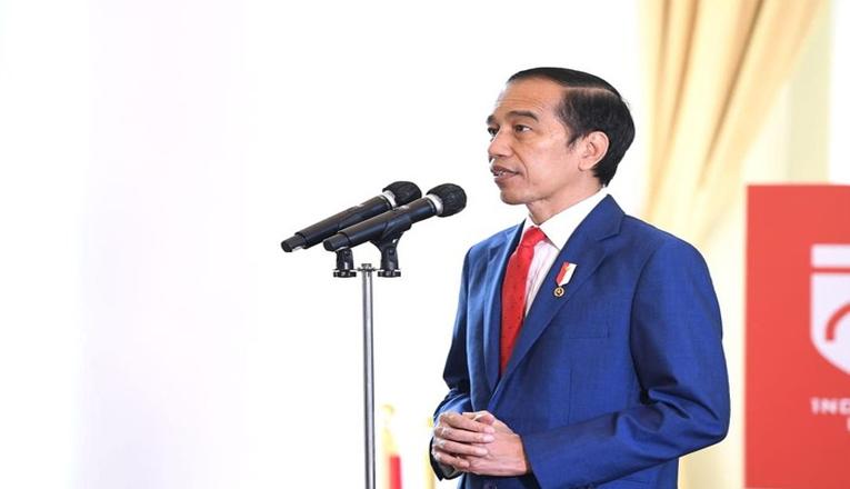 Jokowi Resmikan UU Cipta Kerja di Indonesia