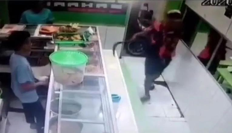 Video Heboh Pemalakan di Toko Kembangan, Penjaga Toko: Hanya Mau Tukar Uang