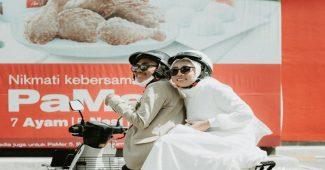 Sesi Foto Pernikahan Di McDonald's Drive Thru, Pasangan Pengantin Ini Menjadi Viral