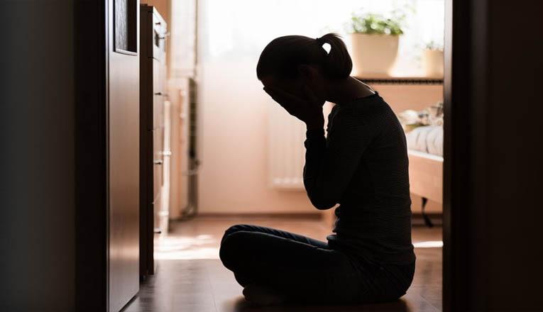 Suami Ceraikan Istri untuk Menikahi Anak Kandung Yang Hamil
